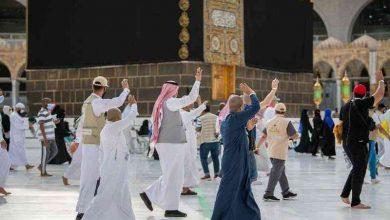 Photo of بدموع الفراق.. ضيوف الرحمن يودِّعون البيت العتيق على أمل العودة